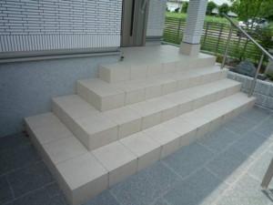 茨城 石材を豊富に使用したお家 アプローチ