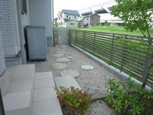 茨城 石材を豊富に使用したアプローチ
