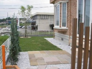 シンプルで使いやすい庭