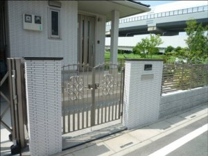 茨城 石材を豊富に使用したお家 門周り