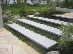 御影石の階段