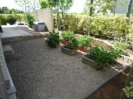 ローメンテナンスなお庭
